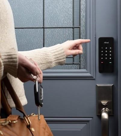 قفل دیجیتال و آنچه باید قبل از خرید ، نصب و تعمیر آن در نظر گرفته شود